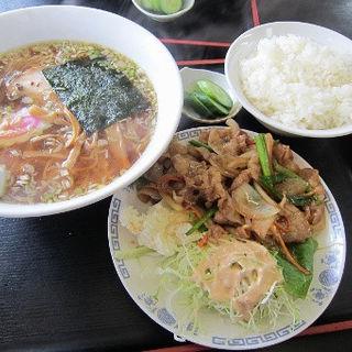 醤油ラーメンと焼肉ライスのセット(長谷川食堂 )