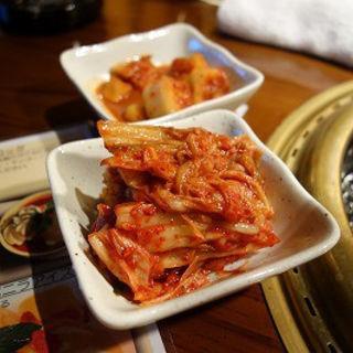 キムチ(闇市肉酒場)