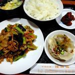 豚肉と木耳・青菜・玉子の炒め