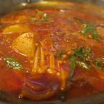 豚スペアリブとじゃがいもの旨辛スープ鍋