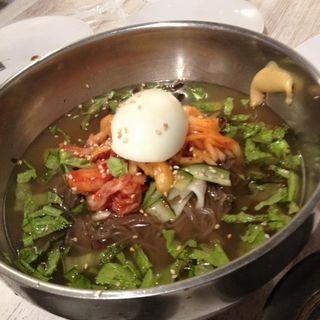冷麺(韓食 (HANSHIKU))