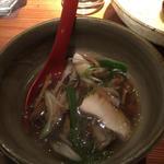 秋のお椀(さわら、舞茸、九条ねぎの汁物)