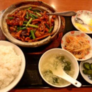 豚もつの四川風炒め(香港厨房)