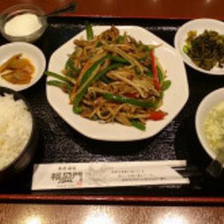 チンジャオロース定食(香港酒家 福盈門)