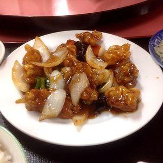 黒酢酢豚定食(香港)