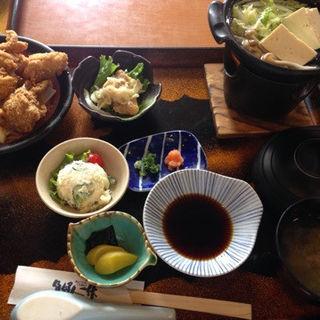 とりから湯豆腐定食(魚好人一休)