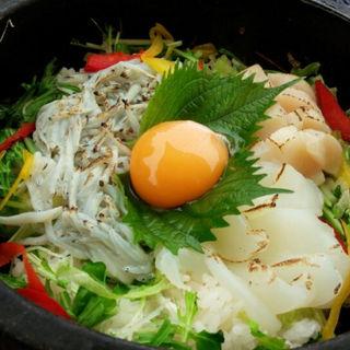 しらすビビンバ丼(魚華)