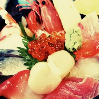 海鮮丼(魚長亭)