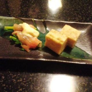 お手製の卵焼きと菜の花のサーモン巻