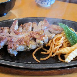 由布焼定食(地鶏)(鳥料理 由布 )