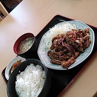 鶴巣ホルモン焼定食