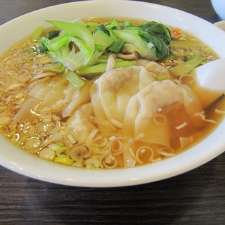 海老入りワンタン麺(鷹山楼 )