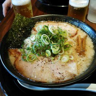 とこ塩豚骨ラーメン極太ドラゴン麺(麦笑 関大駅前店 )