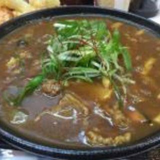 かすカレーうどん(麺くい やまちゃん)