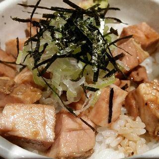 レアチャーシュー丼(麺と心 7 )