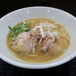 鶏白湯らーめん(麺ヒーロー)
