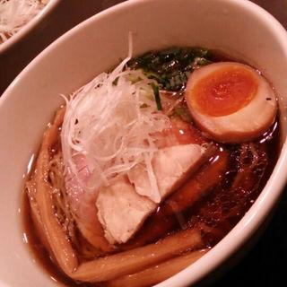 半玉醤油そば(麺や 蒼輝 (AOIKAGAYAKI))