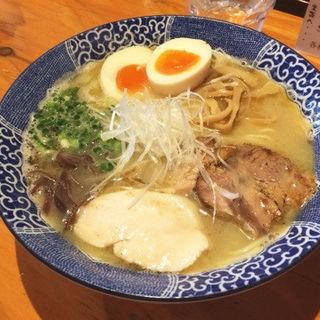 鶏白湯 しお(麺や亀陣)