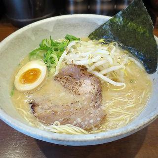 とんこつラーメン(麺や心 (メンヤココロ))