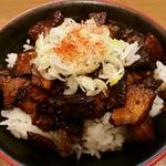 炙り豚丼(麺処 えぐち )
