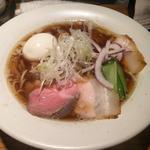 黒煮干しそば(平子)+味玉