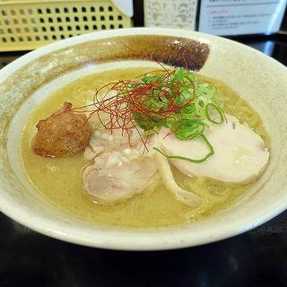 濃厚鶏白湯らーめん(麺匠 桂邸 OAP店 (メンショウ カツラテイ))