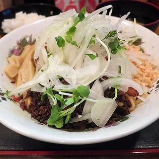 だにえるパンチ(ライス付)(麺喰い メン太ジスタ )