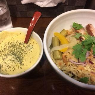 豆乳グリーンカレーつけ麺(麺場ながれぼし )