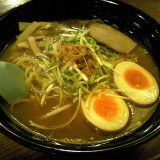 おさかな醤油らーめん(大盛)(麺家 麺四郎 )