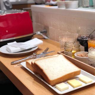 食パン食べ比べ(セントル ザ・ベーカリー (CENTRE THE BAKERY))