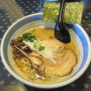 三種の地鶏の鶏白湯ラーメン(麺屋 義國 )