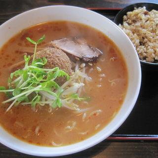 辛味噌ラーメン(麺屋ふうる)