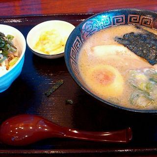 ラーメン焼豚丼セット(麺工房おおにし )