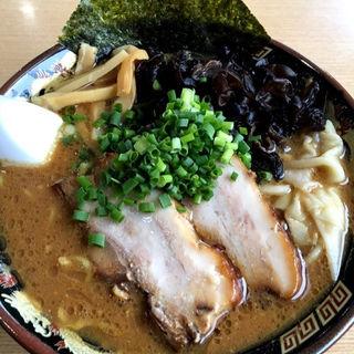 豚骨味噌ワンタンメン(麺道昇憲 曙店 )