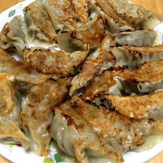 餃子(麺道昇憲 桂木店 )