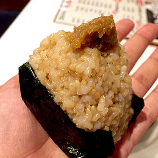 玄米の豚みそ味(黒おにぎり )