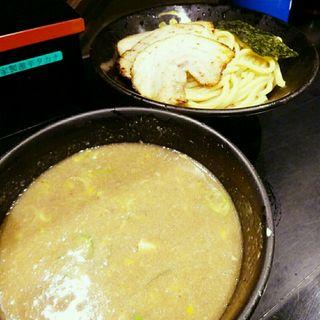 豚骨つけ麺(炙りチャーシュー)(無鉄砲 つけ麺 無心 (むてっぽう つけめん むしん))