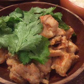 ジャシャマル(鶏肉&トマト&トウガラシ)(Gatemo Tabum)