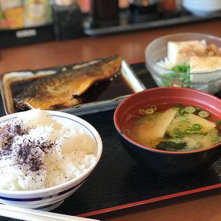鯖の煮付け定食(めしや食堂 豊中名神口店 )