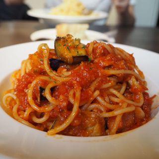 茄子とベーコンのアラビアータ(洋麺バルPastaBA )