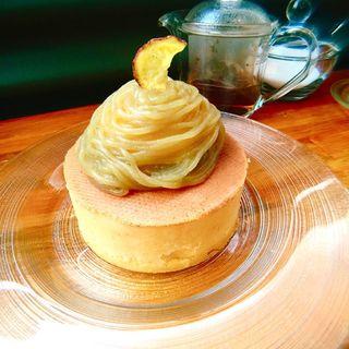 箱根西麓紅はるか芋パンケーキ(Parlor Vinefru 銀座)