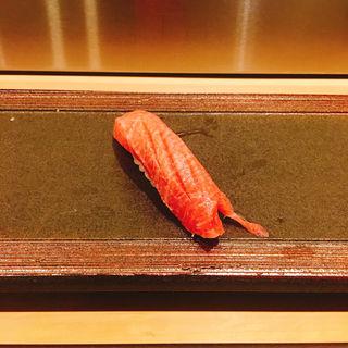 中トロの握り(24 (トゥエンティフォー))