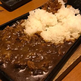 鉄板牛バラカレー(山内農場 南海なんば南口駅前店 )