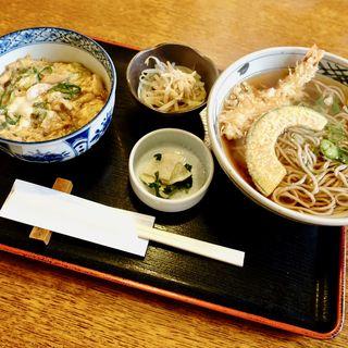 ミニ親子丼と天ぷらそばセット(天領浪花そば )