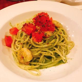 エビとトマトのバジルパスタ(TOKYO CIRCUS CAFE (トウキョウサーカスカフェ))