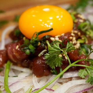 馬肉ユッケ(博多筑紫口 肉寿司)