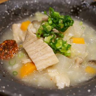 肉寿司の塩モツ煮込み(博多筑紫口 肉寿司)