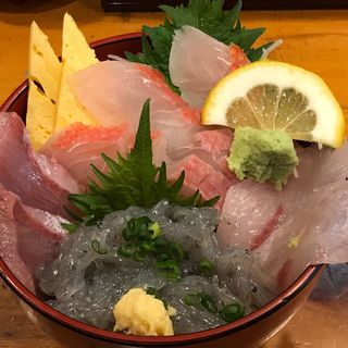 鯛らげる丼(魚河岸 でん (【旧店名】田))