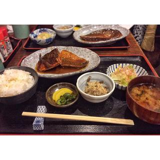 鯖の味噌煮定食(志乃ぶ (しのぶ))