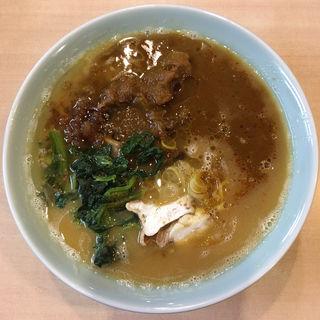 飛騨牛骨ニンニクカレーラーメン(らあめん工房 雪濃湯 )